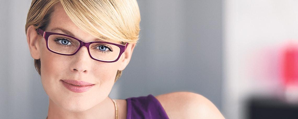 mit mehr als 700 niederlassungen und ber 18000 mitarbeitern ist fielmann marktfhrer der deutschen augenoptik wir verkaufen jede zweite brille in der - Fielmann Bewerbung